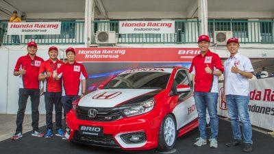 Tim Honda Racing Tampil Perkasa